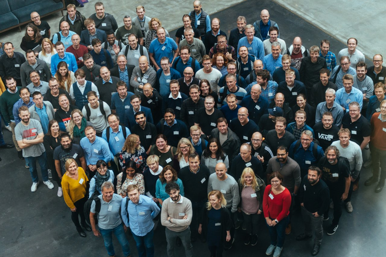 Group photo of attendees at a conference